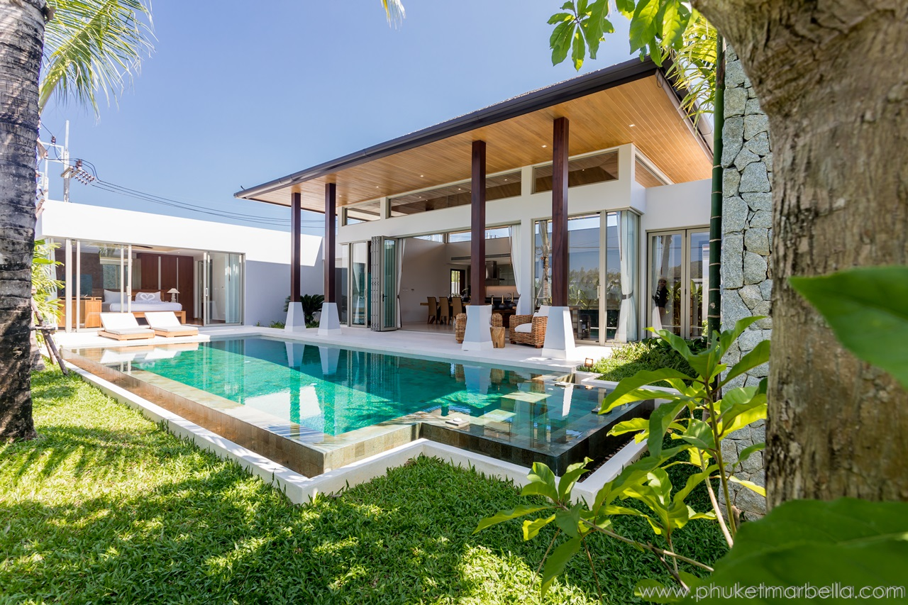 Impressive 3-bedroom pool villa nearby Layan Beach